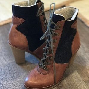 Sam Edelman Tara Lace Up Ankle Boot Cognac Size 6